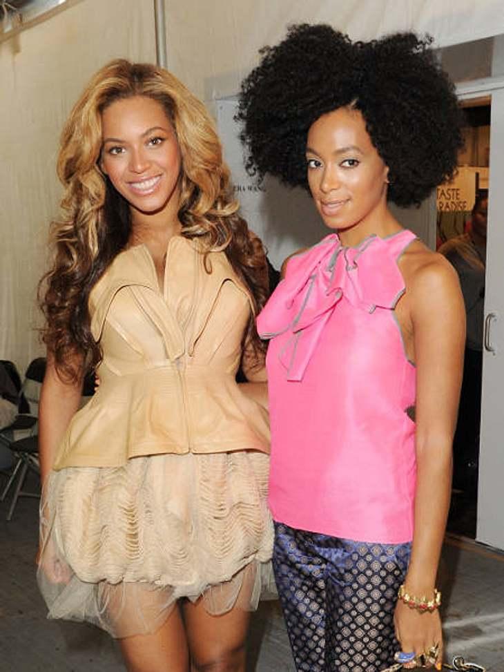Die heißesten Promi-GeschwisterKeine Frage: Der Mega-Star in der Familie Knowles heißt Beyoncé (30, l.). Aber auch die jüngere Schwester Solange (25, r.) macht sich mittlerweile als Sängerin und Schauspielerin einen Namen.