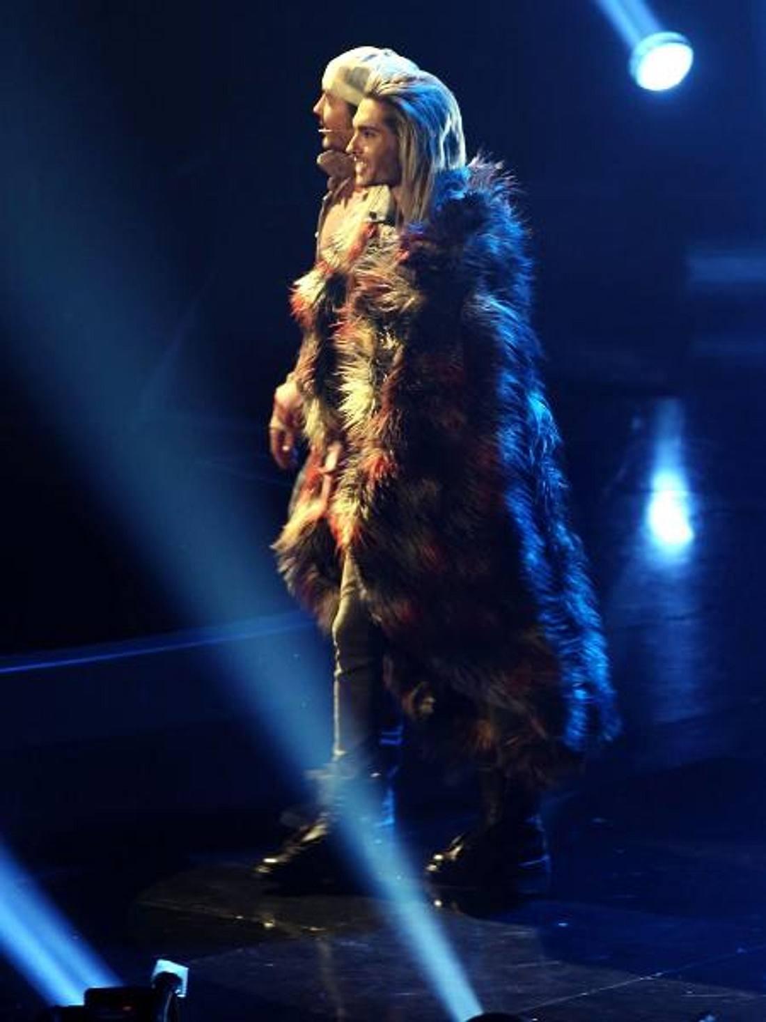 Bill Kaulitz im Kuschelpelz