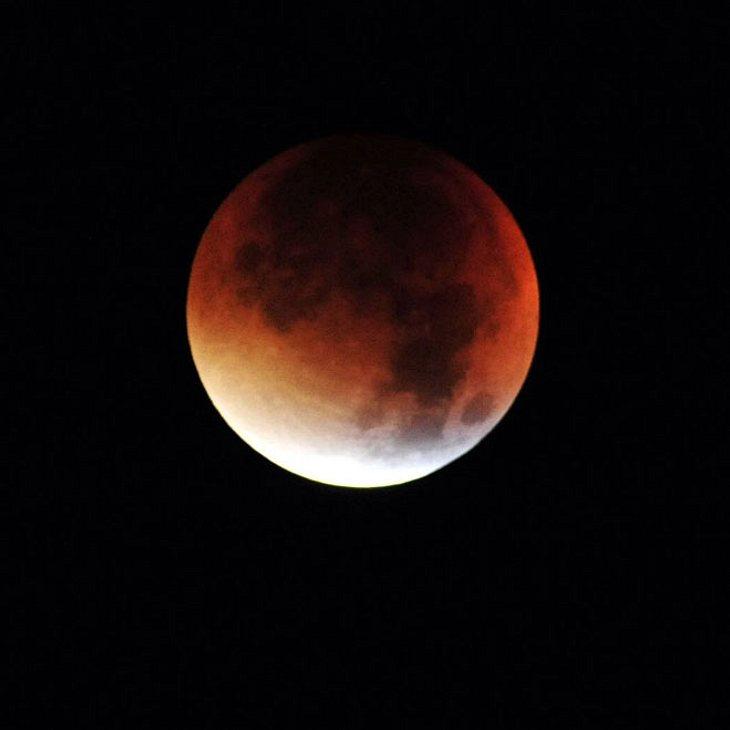 Himmelsspektakel: Im Juli kommt der Blutmond!