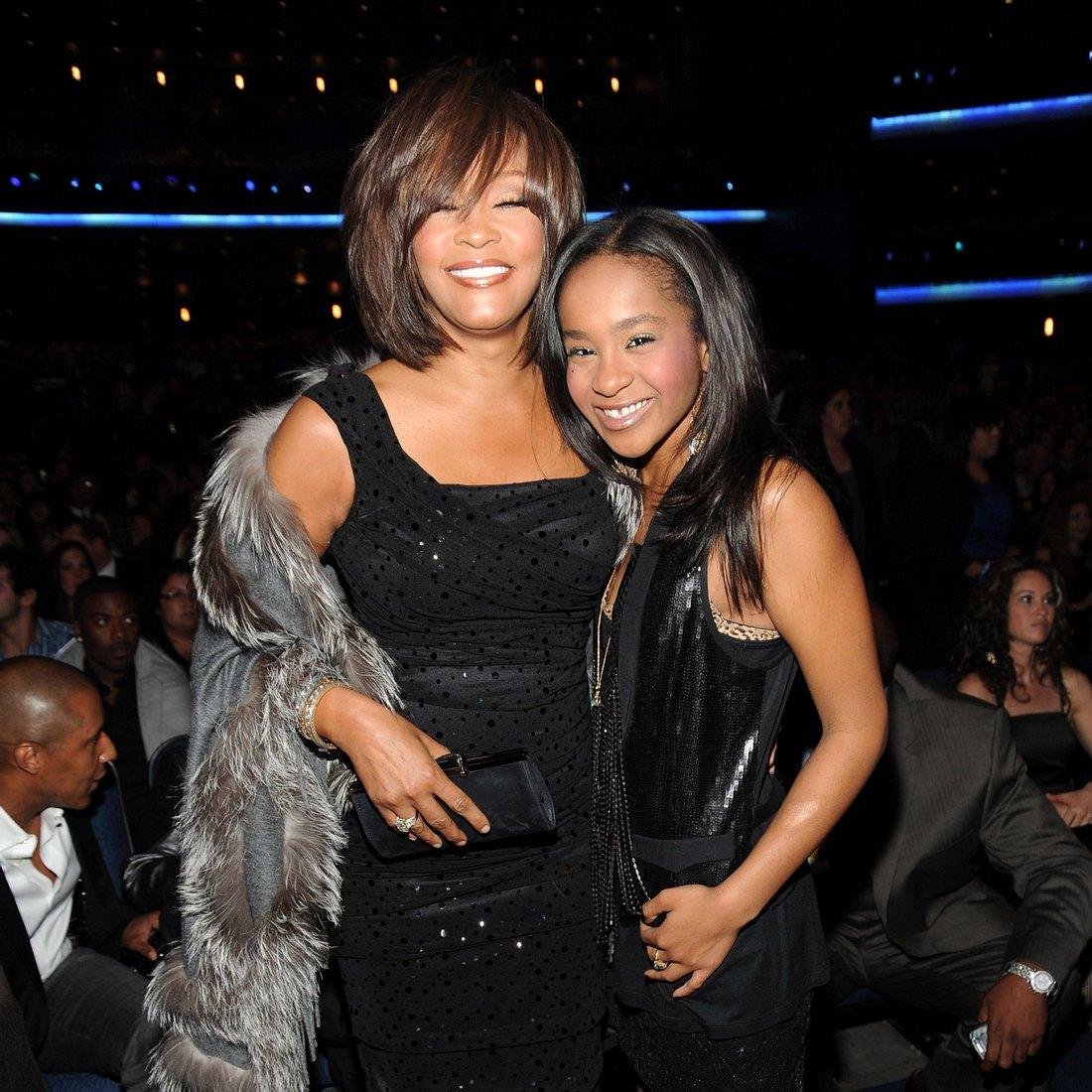 Whitney Houston und Bobbi Kristina hatten beide ein kurzes Leben