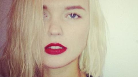 Die Blondine hat sich von ihrer Wallemähne getrennt. - Foto: Instagram