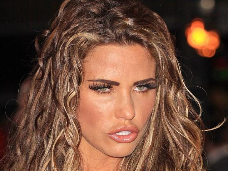 Botox, Lippen aufspritzen & Co.: Hollywood zeigt sein GesichtAuch bei ihren Lippen und diversen Falten hat sie die Nadel ansetzen lassen.