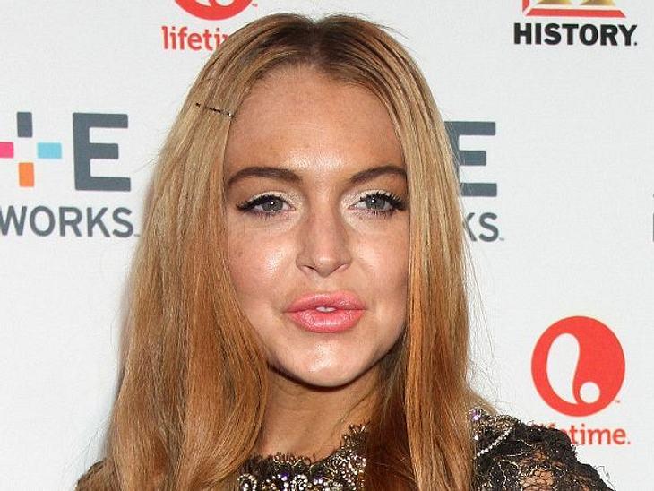 """Botox, Lippen aufspritzen & Co.: Hollywood zeigt sein GesichtBis sie 19 Jahre alt war, sah Lindsay Lohan richtig süß aus. Heute kommt sie dank Botox und übertriebener Lippen-Injektionen total verlebt rüber. """"Sie sieht aus, wie jens"""