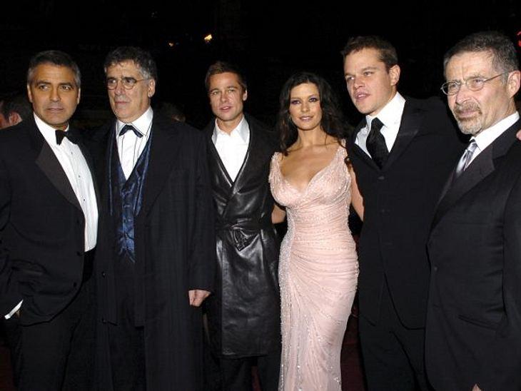 """Brad Pitt & Angelina JolieZur Premiere von """"Ocean's Twelve"""" im Dezember 2004 kam Brad Pitt bereits ohne seine Frau Jennifer Aniston. Die Dreharbeiten für """"Mr. & Mrs. Smith"""" waren noch im Gange und einige Medien v"""