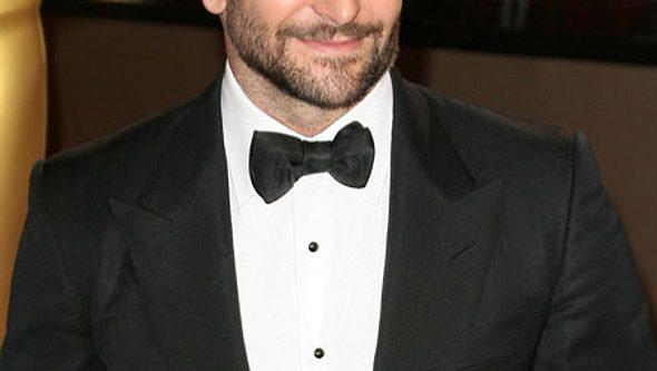 Bradley Cooper war in richtiger Party-Laune. - Foto: Adriana M. Barraza/WENN.com