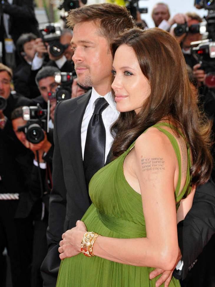 Brad Pitt & Angelina Jolie2008 verkündete Angelina Jolie erneut eine Schwangerschaft. Im Juli brachte sie die Zwillinge Knox Léon und Vivienne Marcheline in Nizza zur Welt. Seit dem ist es ruhig an der Adoptions- und Entbindungsfront Jo