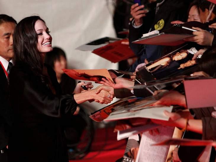 Doppelleben: Angelina Jolie bewegt sich zwischen Red Carpet und...