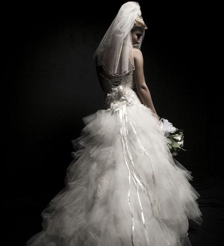 Plötzlich fühlte sie sich unwohl - Braut stirbt wenige Stunden nach der Hochzeit