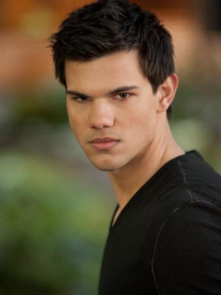 """""""Breaking Dawn - Biss zum Ende der Nacht"""": Die ersten SzenenbilderJacob (Taylor Lautner) steht den Vampiren bei"""