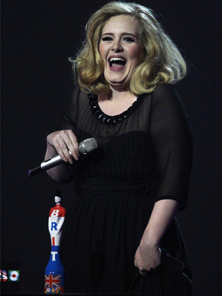 Hat Adele ihren Freund Simon geheiratet?