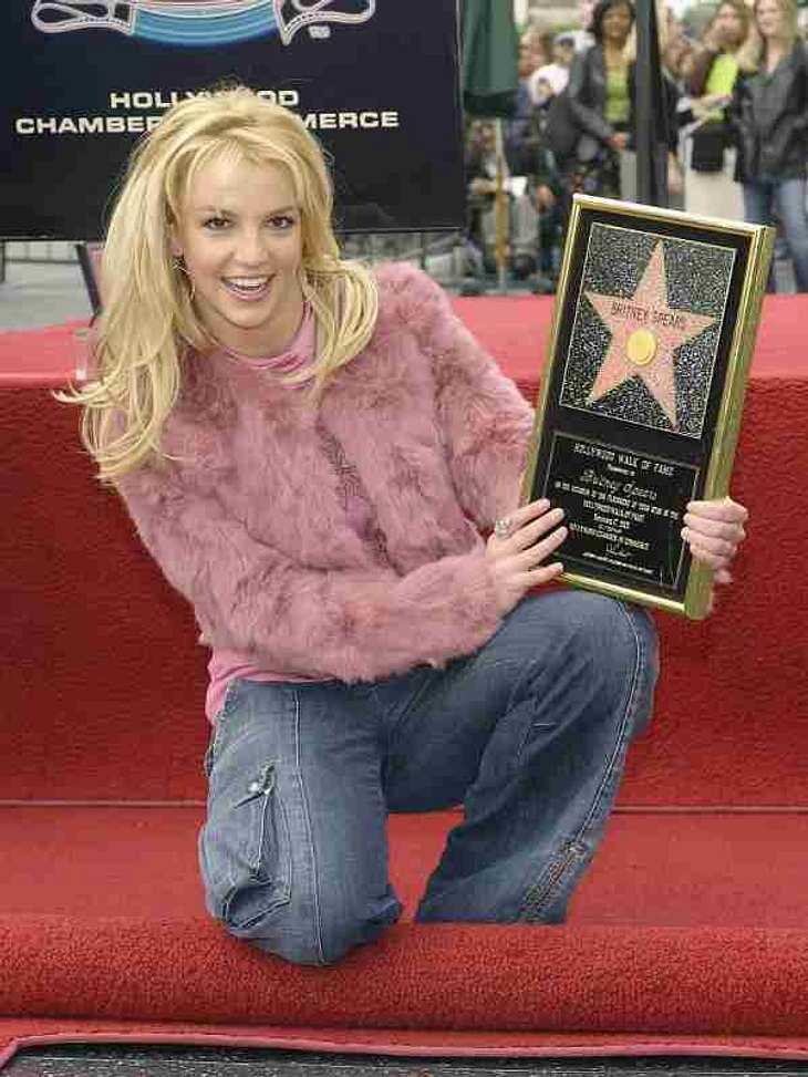 """Best Of ... Britney SpearsEine große Ehre: Britney bekommt einen Stern auf dem """"Walk Of Fame""""."""