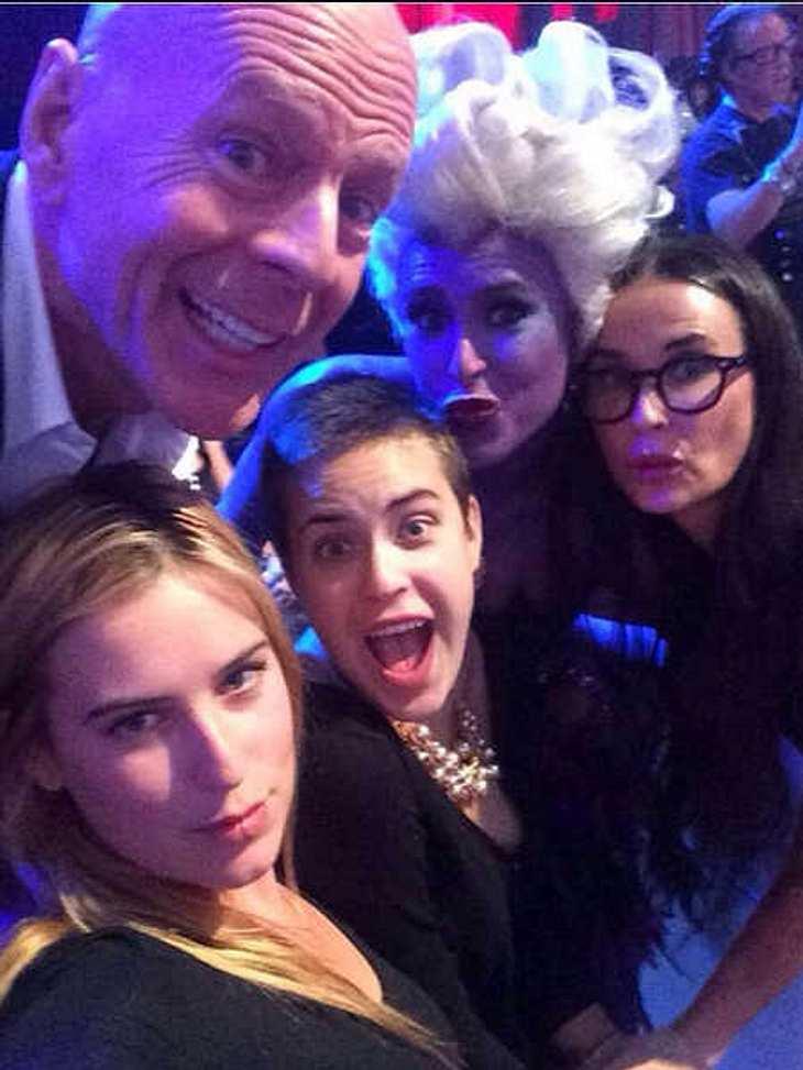 Bruce Willis & Demi Moore: Süßes Familien-Selfie mit ihren Töchtern