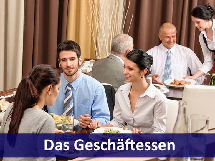 """Business-Knigge: Verhaltensregeln für den Job,Wer bezahlt das Geschäftsessen?Wer die Einladung ausspricht, sollte das Essen auch bezahlen. Möchten Sie jemanden zum Essen einladen, sprechen Sie diese unmissverständlich aus. """"Ich möchte"""