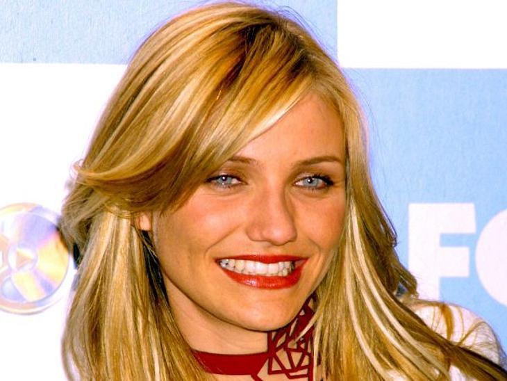 """Cameron Diaz: Ihre Beauty-LügeAls sie mit dem Actionfilm """"Drei Engel für Charlie"""" im Jahr 2000 durchstartete, wurde sie für ihren Sexappeal gefeiert, der aber sehr natürlich blieb."""