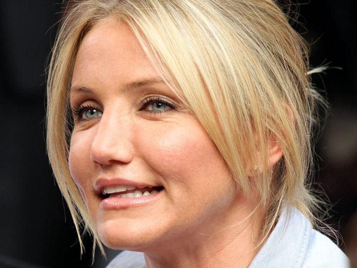 """Cameron Diaz: Ihre Beauty-LügeMinimal-Mimik: In der TV-Show """"Good Morning America"""" kam ihr Gesicht aufgedunsen und unbeweglich rüber."""