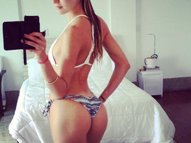 """Da ist wohl jemand ziemlich stolz auf seine Kehrseite! Candice Swanepoel (24) möchte mit diesem Bild ihren Twitter-Followern offenbar noch mal ganz deutlich zeigen, warum sie zur Model-Elite der """"Victoria's Secret""""-Engel gehört..."""