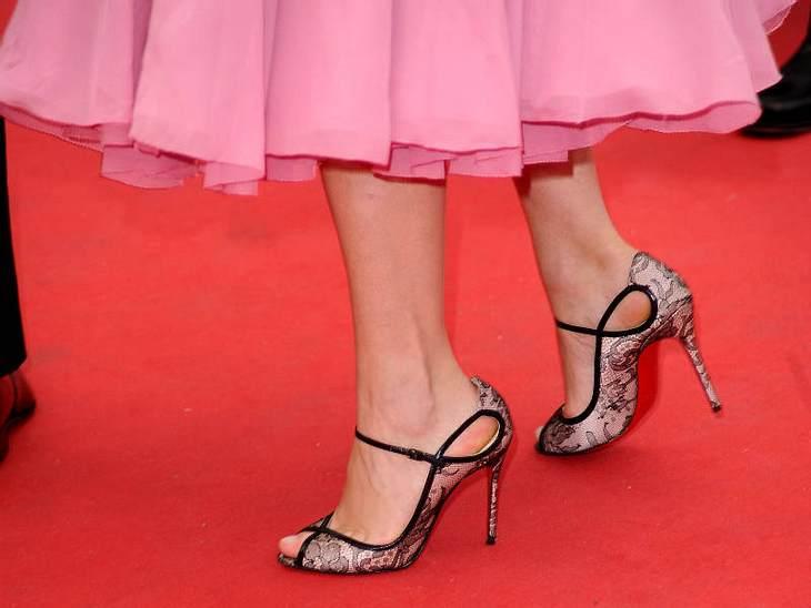 Cannes Platz Nummer zwei machten diese Spitzenschuhe von Lea Seydoux.