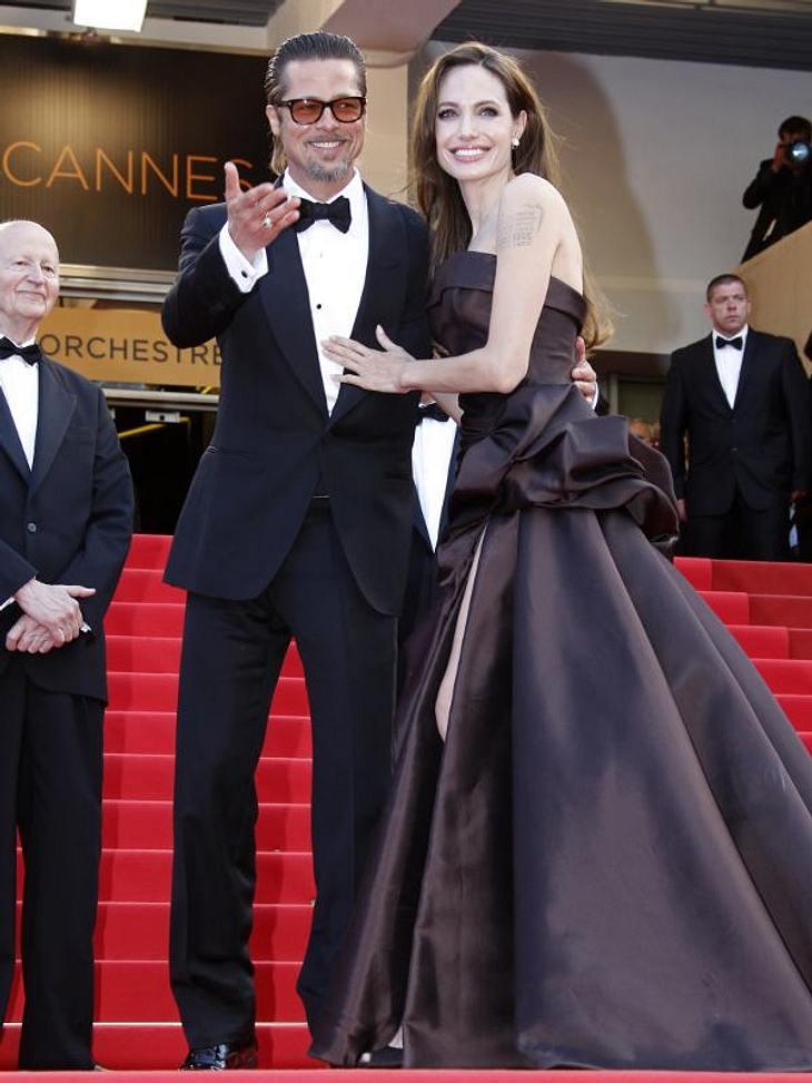 """Cannes Angelina Jolie stellt ihren neuen Film """"The Land Of Blood And Honey"""", bei dem sie selbst Regie führte.  Brad Pitt brachte seinen neusten Streifen """"Tree Of Life"""" mit."""