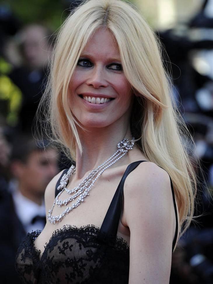 Cannes... gestrahlt hat sie aber trotz super-dünner Ärmchen.