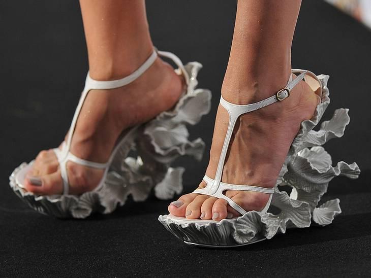 CannesDas Highlight hatte Gulnara Karimova an: Diese Schuhe sind der absolute Hammer. Wir wissen nur noch nicht, ob uns das nun gefällt oder nicht ...