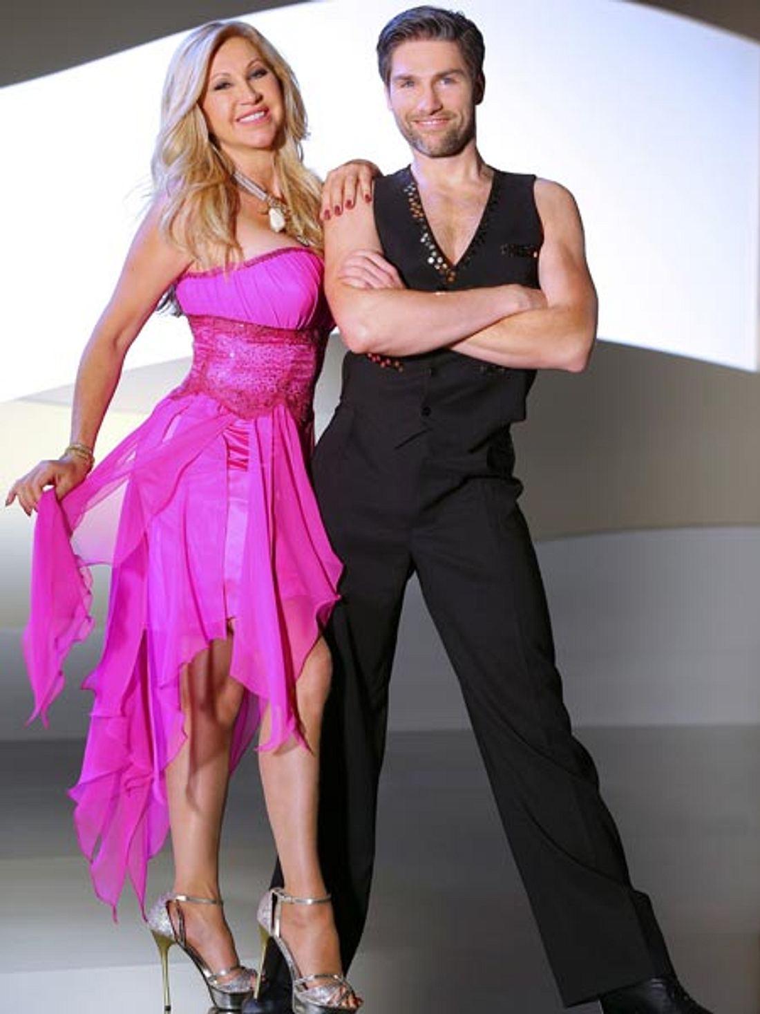 Carmen Geiss tanzt mit Christian Polanc