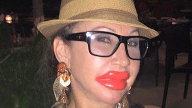 Carmen Geiss hat jetzt Kardashian-Lippen!  - Foto: Facebook.com / Carmen Geiss