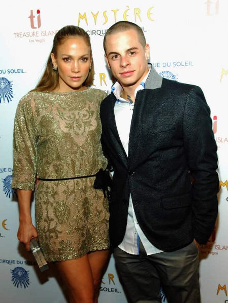 Jennifer Lopez und Casper Smart feierten ihr Einjähriges. Und ließen es die Welt via Twitter wissen.