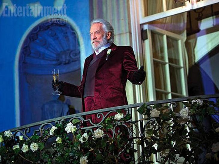 President Snow spricht zu seinem Volk.