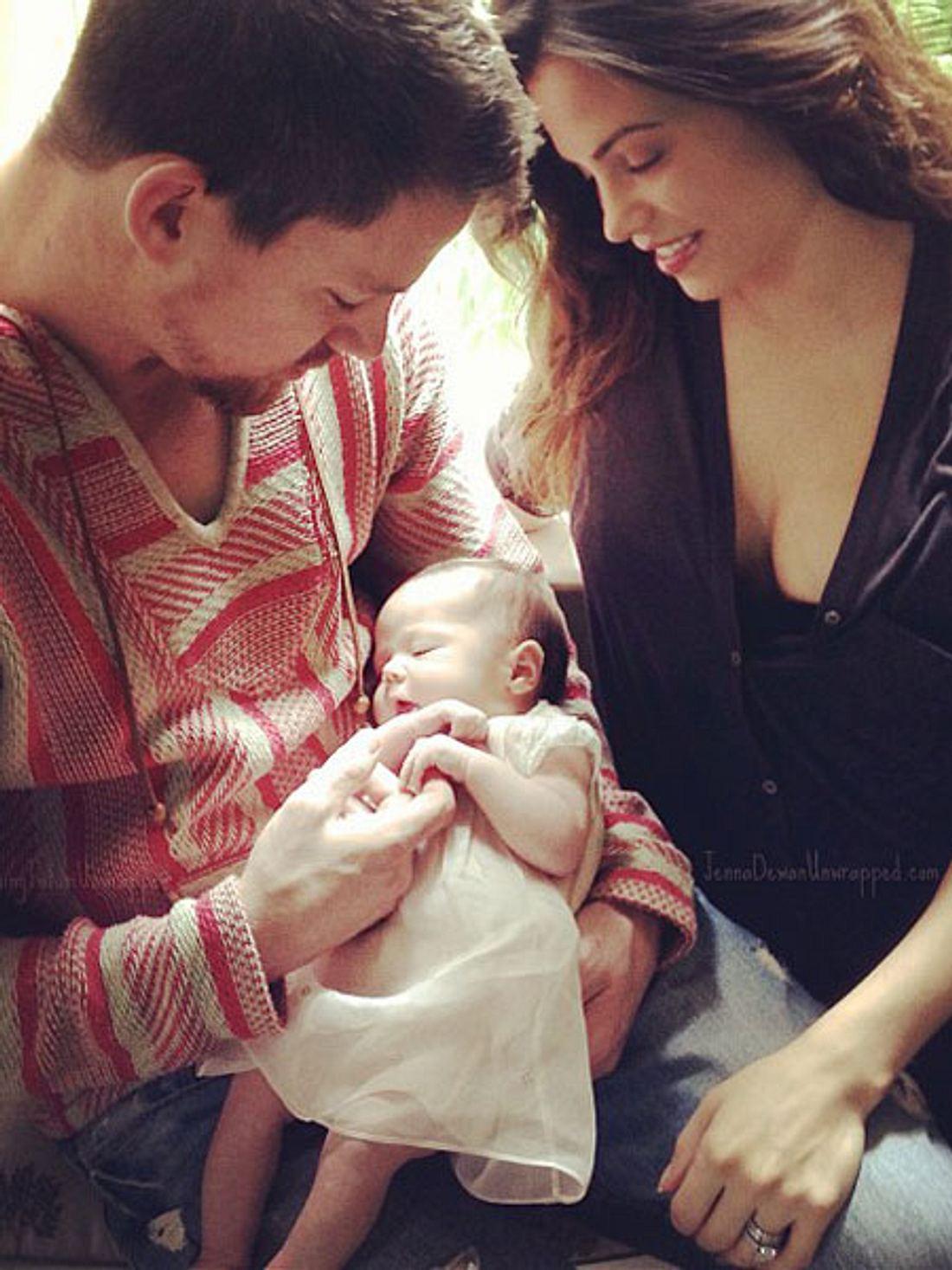 Channing Tatum und Janna Dewan zeigen ihr Töchterchen Everly.