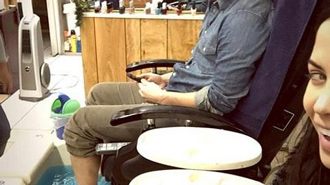 Er tut alles für seine Frau. Er geht sogar mit ihr zu Pdeiküre - Foto: instagram / Jenna Dewan-Tatum