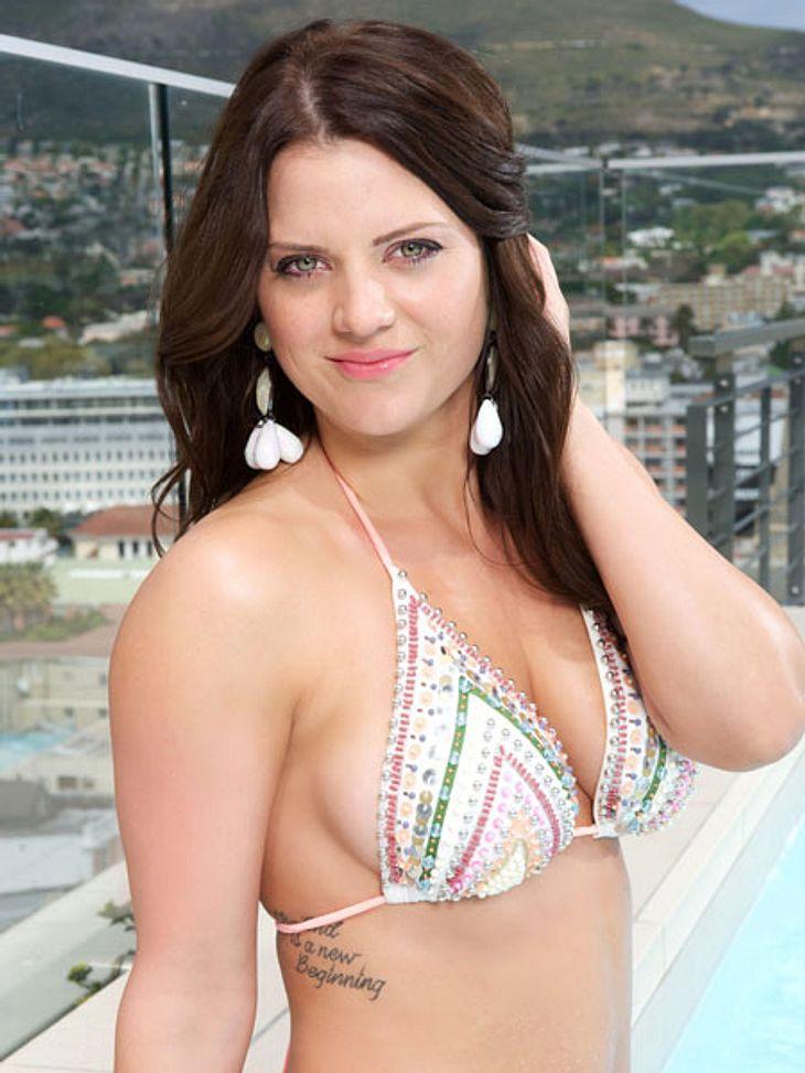 """""""Bachelor 2013"""": Bikini-Rätsel der Kandidatinnen - Wer ist das Playmate?Chantal (26) wirkt unbeschwert beim Fotoshooting im Bikini. Ob sie schon daran gewöhnt ist?"""
