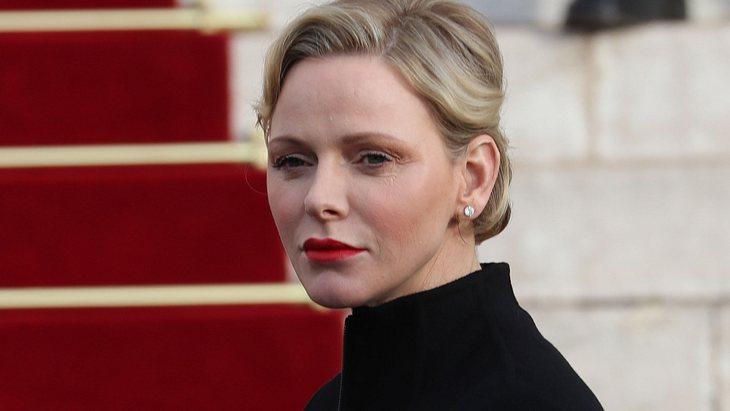 Fürstin Charlene: Sie flüchtet aus dem Palast!