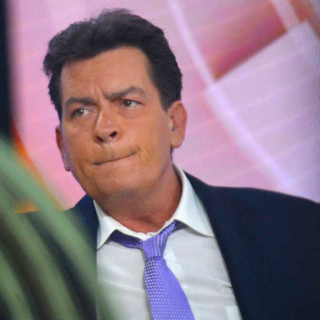 Charlie Sheen wurde nach HIV-Diagnose depressiv!