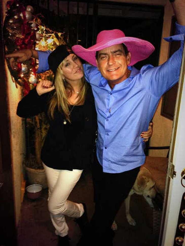 Brett Rossi, die Verlobte von Charlie Sheen, ist noch verheiratet.