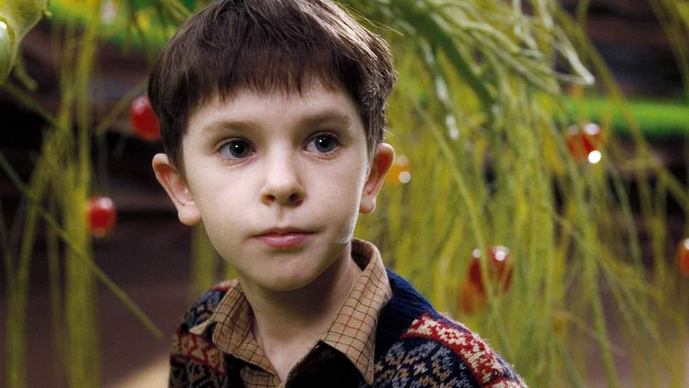 Freddie Highmore in Charlie und die Schokoladenfabrik - Foto: Imago