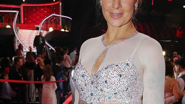 Charlotte Würdig: Traurige Beichte! Wird ihr alles zu viel? - Foto: Getty Images