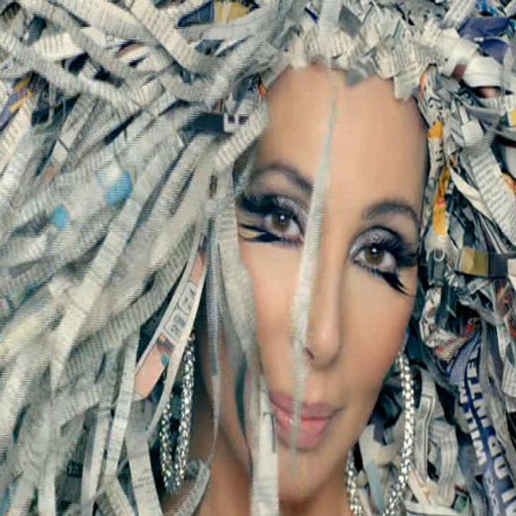 Cher feiert ihre neues Video