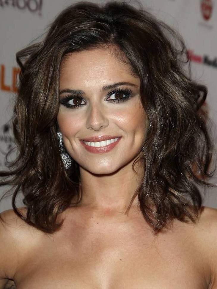 Ängste der StarsImmer hübsch geschminkt und perfekt zurechtgemacht: Die britische Sängerin Cheryl Cole (28) legt sehr viel Wert auf ihr Äußeres. In ihrem Bad stapeln sich die Beauty-Produkte. Doch eines wird man dort nicht finden: Kosmetik-