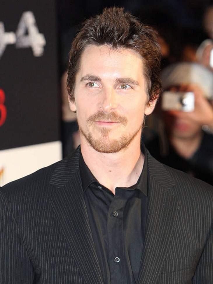 """F**k you! - So fluchen die StarsChristian Bale (38) gilt als einer der besten Schauspieler seiner Generation. Und als Mensch, der so richtig ausrasten kann. Das bewies er unter anderem am Set von """"Terminator Salvation"""". Als ein Be"""