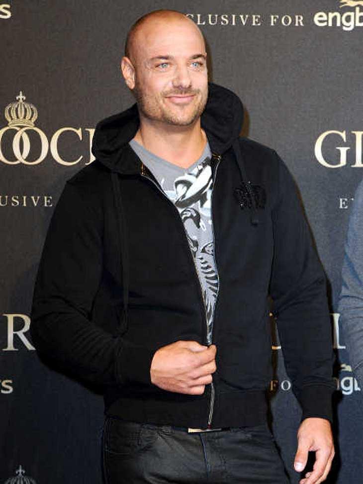 Christian Tews modelt für Harald Glööckler!