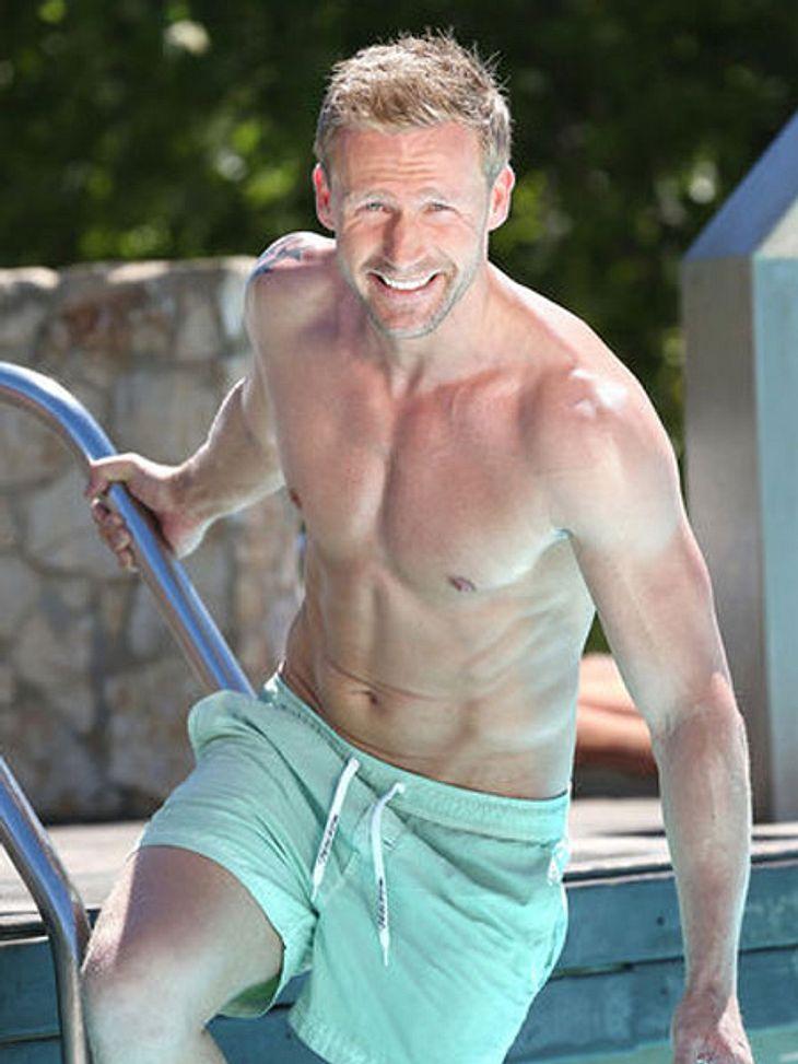 Ich finde ihn nicht schlecht - hat ein bisschen was von Daniel Craig auf den ersten Blick. Ein Mann der nach Mann ausschaut.
