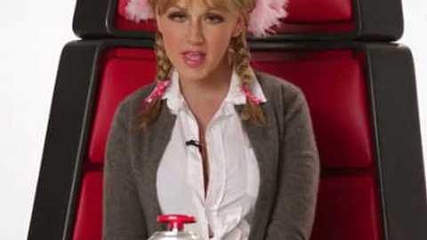 Britney Spears: Sauer auf Christina Aguilera nach Imitations-Video! - Foto: Youtube / Screenshot
