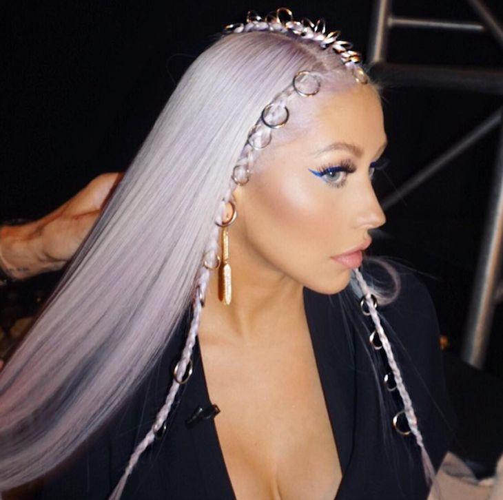 Christina Aguilera: Sie überrascht mit lila Haaren