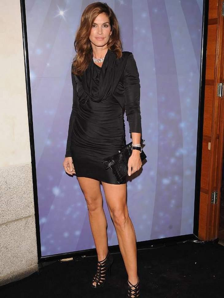 Cindy Crawford: 45 Jahre SexappealCindy Crawford bei der OMEGA Constellation 2009. Für die Luxus-Uhrenfirma ist Cindy Testimonial.