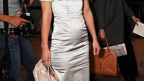Silberne Kleider: Silber-Sammlerinnen - Bild 1 - Foto: GettyImages