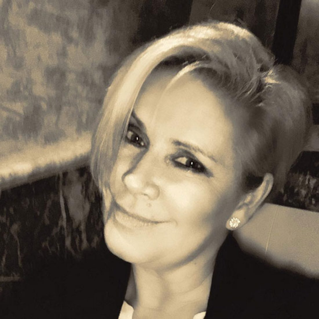 Claudia Effenberg hat kurze Haare