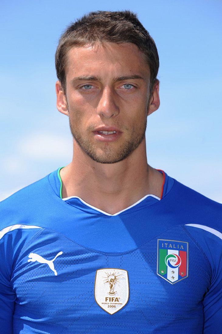 Italien: Claudio Marchisio (24) wurde am 19. Januar 1986 in Turin geboren. Er ist einer der größten Mittelfeldtalente im italienischen Fußball.