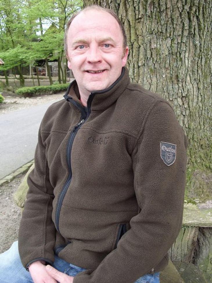 """""""Bauer sucht Frau"""" - Die Kandidaten 2012Clemens, der kernige Kartoffelbauer aus dem Münsterland, hat die Partnerin fürs Leben auch noch nicht gefunden.Der temperamentvolle 44-Jährige fährt gerne Ski, genießt am Abend am liebsten e"""
