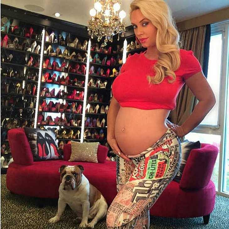 Coco Austin ist so stolz auf ihren Baby-Bauch!
