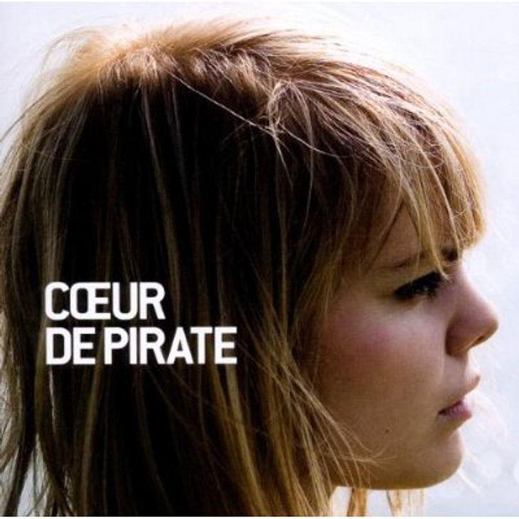 """Coeur de PirateDas Album von """"Coeur de Pirate""""  weil es sich nur zu französischem Chanson-Pop so locker-leicht durch den Februar tänzeln lässt. Wie dafür gemacht: Track Sieben namens """"Printemps"""". Das Album von Coeur de P"""